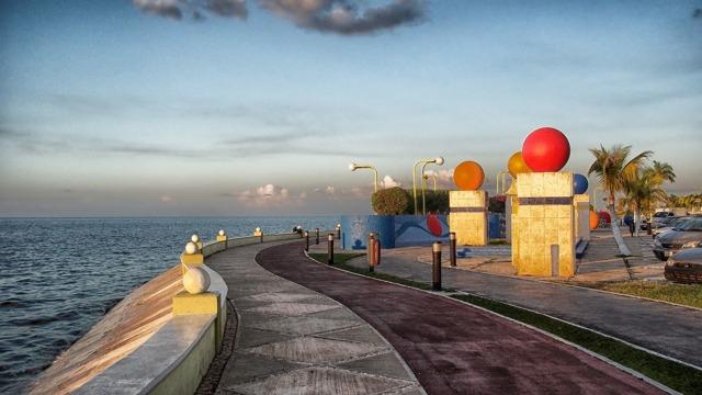 Куда поехать недорого на Новый год на море в 2020 году - в теплые страны, за границу, без визы, Россия