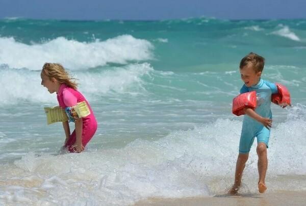 Куда поехать на пляжный отдых на море в феврале 2020 года - недорого, с детьми, без визы