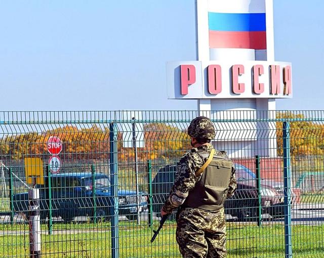 Страны, которые граничат с Россией в 2020 году - их столицы, на юге, восточной части, западные