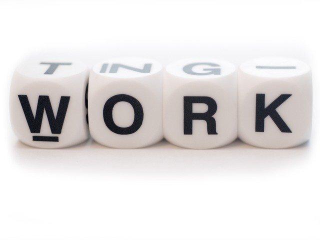 Образец справки с места работы о том, что работает в 2020 году - срок действия, заполнения